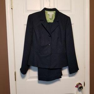Sag Harbor Size 10P Pant Suit